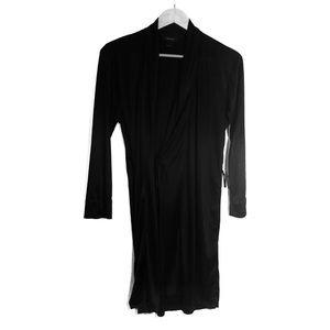 NATORI Small Black Silky Wrap Negligee Short Robe